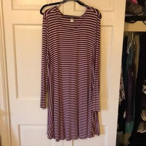 Red and white stripped Old Navy dress